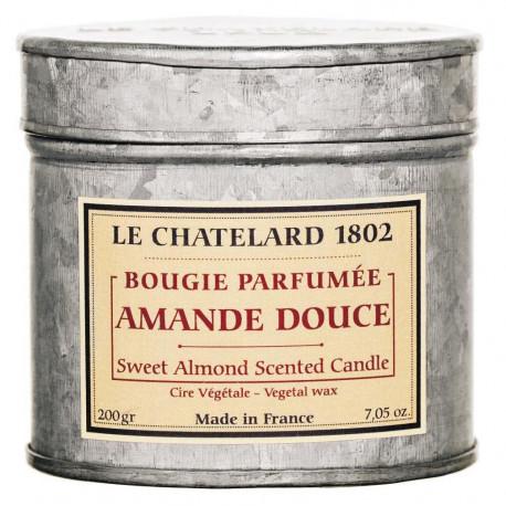 Lumanare Parfumata 200g Migdale Dulci Amandes Douces Le Chatelard 1802 Cutie Galva 2 Fitile