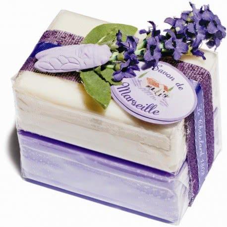 Cadouri simbolice - sapunuri de Marsilia combinate
